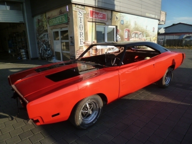 Holgers-Charger-8